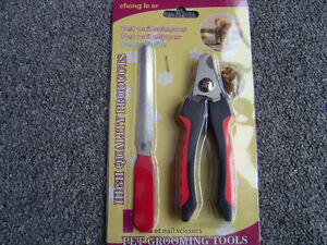 Brand New In The Package Dog / Cat Nail Clippers