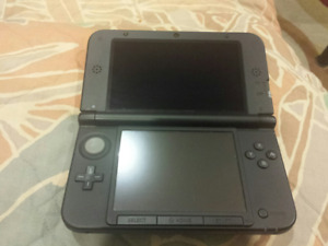 Great condition Black Nintendo 3DS XL system!