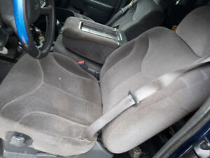 Great shape interior 2003 gmc pickup