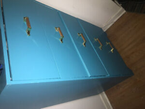 Dresser for sale $20 must pick up