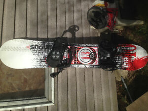 Board, bindings and helmet