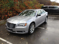 WILL NOT LAST!!2013 Chrysler 300- SAFETIED AND ETESTED!!