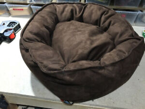 Dog pet bed New!