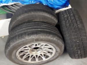 Michelin Defender 225/60/16 x2 Herculus  Winter 215/65/16 x1