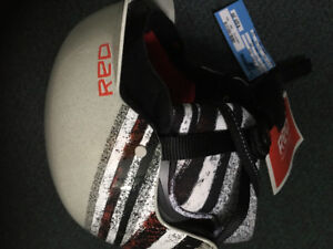 Snowboard RED Helmet size small