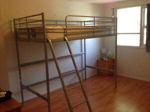 Loft Bed (metal) with Twin Mattress Must Go