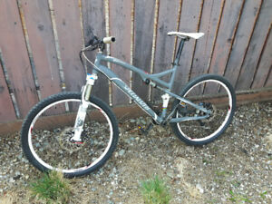 Full suspension mtn. bike for sale.