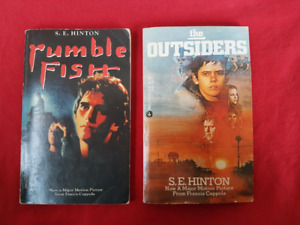 Vintage Movie Books THE OUTSIDERS / RUMBLE FISH (S.E. HINTON)