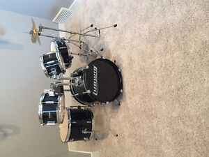 Youth drums