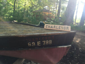 """Antique """" Peterboro"""" boat by AE Barrie 1930's"""