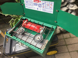 Coleman camp stove NEW