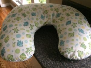 Nursing Pillow with Removable Cover