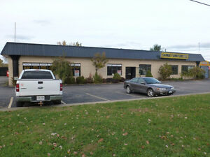 GREAT RETAIL LOCATION IN HIGH TRAFFIC AREA! Sarnia Sarnia Area image 1