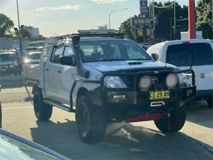 2011 Toyota Hilux KUN26R MY11 Upgrade SR (4x4) White 5 Speed Manual Dual Cab Chassis Clyde Parramatta Area Preview