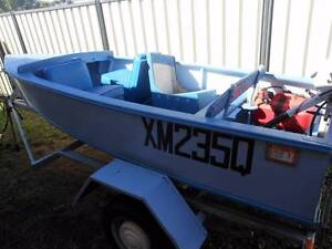 Vintage 1960 Wooden Boat, Trailer and Outboard Motor Bongaree Caboolture Area Preview