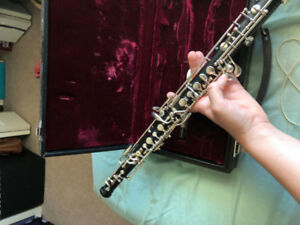 Oboes-hautbois   (11) sale or exchange