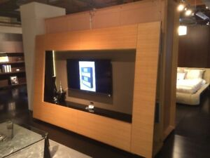 European Design Contemporary TV Wall Unit, FLOOR MODEL