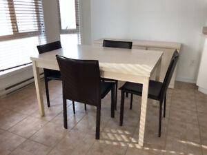 Table de cuisine extensible, buffet et chaises