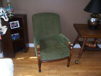 Antique Arm Chair in Excellent Condition