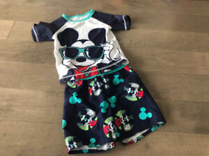 Swim Trunnks and Rashguard from Old Navy 18-24 months