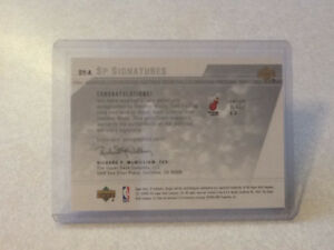 *WOW* SP AUTHENTIC SIGNATURES ROOKIE CARD OF DWAYNE WADE London Ontario image 3