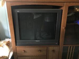 Télévision 32 pouces Panasonic à donner