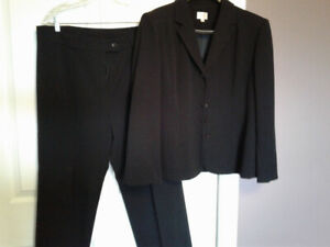 f391dc93f Buy or Sell Used or New Clothing Online in Sudbury