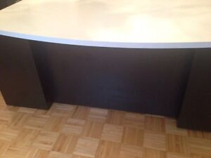 Black and white office desk table drawers 6ft long West Island Greater Montréal image 4