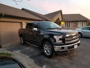 2017 Ford F150 Lariat / FX4 Crew Cab (Ext. Warranty) (Reduced)