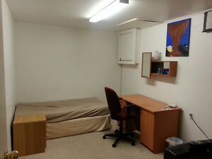 East Drive Kijiji Room For Rent