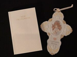 """Precious Moments Gift Set """"Porcelain Wall Cross and Bible"""""""