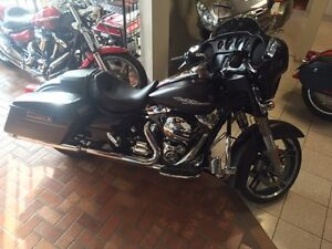 2015 Harley Davidson Street Glide Special. Save thousands!