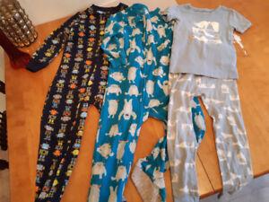 Boys pyjamas size 5