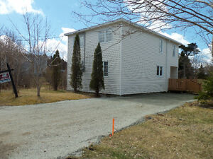 New Price!! 3 beds, 1.5 baths 27 Roberts Rd N, CBS St. John's Newfoundland image 1