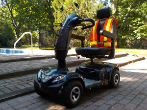 Invacare Pegasus 4 Wheel Scooter, Blue with 8A Charger Kawartha Lakes Peterborough Area image 2