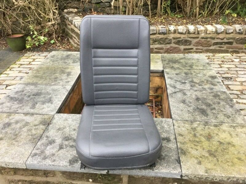 Land Rover 90 / 110 Middle Seat
