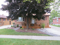 New Listing in Coronation Park