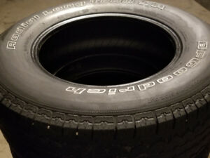 Great set of BFGoodrich Radial Long Trail 265/65R17 Mud+Snow