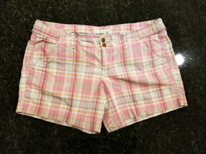 6 shorts 1 skirt for $10 size 12