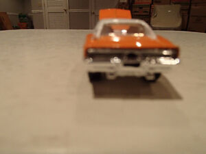 Loose Hot Wheels LE WHIPS Team Baurtwell '69 Dodge Charger orang Sarnia Sarnia Area image 5