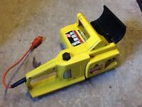 McCulloch Electramac 230 Chainsaw with 30cm bar in working order.