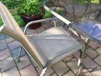 Comfortable Patio Furniture Set Dining Table and 4 Chairs