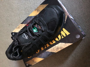 Women's size 9 Work Shoes