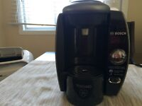 Tassimo T65 and Rack (excellent condition)