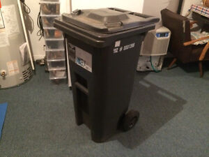 Curb Garbage Cart NEW! 120 L
