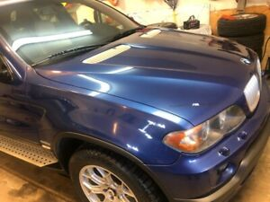 BMW X5 4.8is Excellent Condition!!!