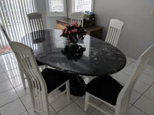 Faux Mable Dining Set