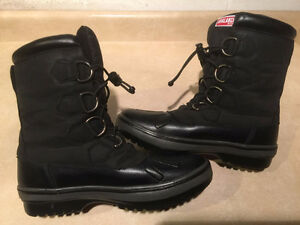 Women's Avalanche by Cougar Winter Boots Size 7 London Ontario image 6