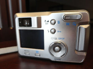 Canon Powershot S400, HP Photosmart M437, Pentax Optio 30 Camera Kitchener / Waterloo Kitchener Area image 8