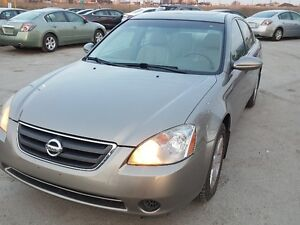 2002 Nissan Altima SL Sedan  AS-IS